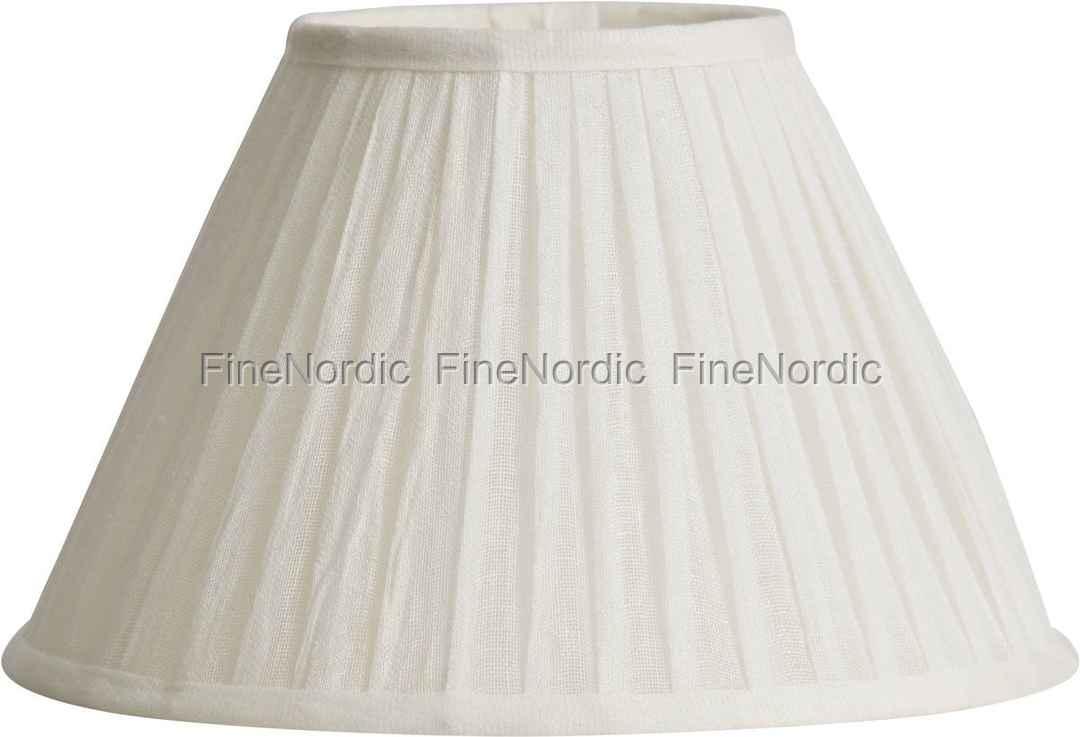 Lene Bjerre Lampeskærm - Plisse - Pleated Linen 16009 - Hvid - Ø 28 cm. Køb online her ...